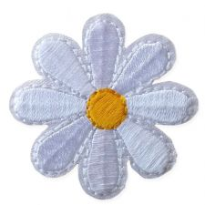 WHITE DAISY MOTIF IRON ON EMBROIDERED PATCH APPLIQUE